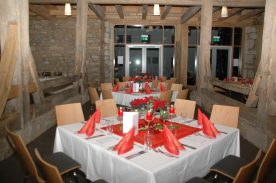 Mayer's Waldhorn Catering Service Tische